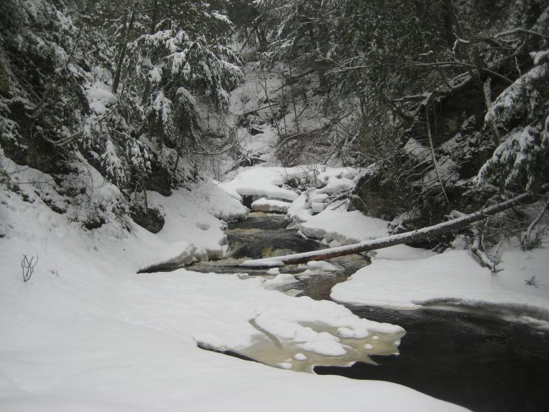 Icy upstream drops