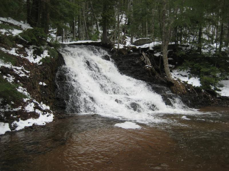Morgan falls on morgan creek waterfalls of the keweenaw for Morgan falls