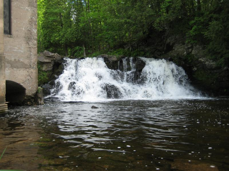 Looking up at Powerhouse Falls
