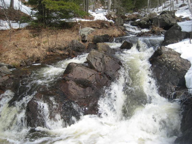 The crest of the rocky falls